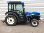 Obstbautraktor des Typs New Holland T 4030 V в Freiburg